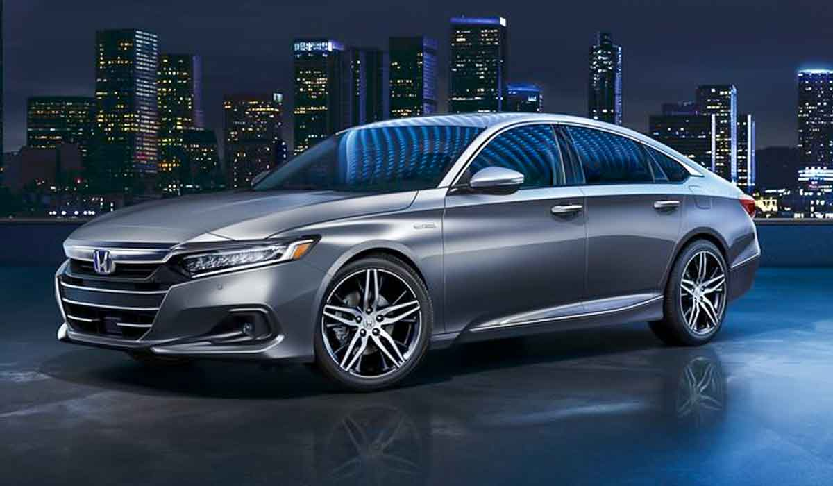 What's New for 2021 Honda Accord? Honda has given the Accord and Accord Hybrid models a light styling refresh
